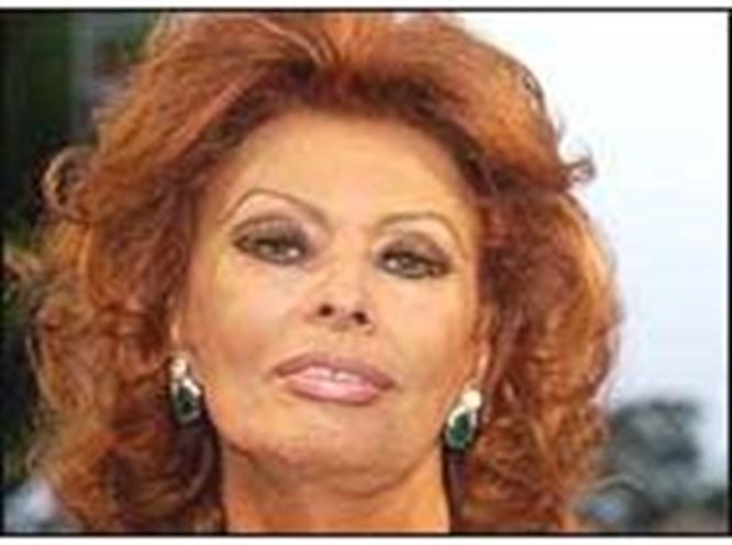 Sophia Loren geliyor